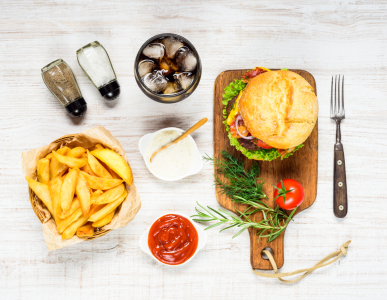 Picture no: 11857875 Burger Fast Food mit Cola Created by: xfotostudio