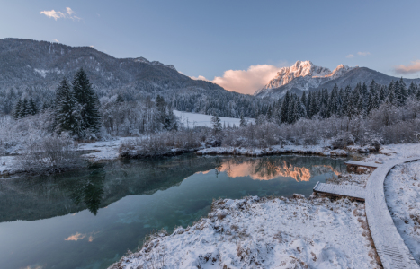 Picture no: 11870343 Bergsee im Winter Created by: Graphitone