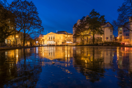 Picture no: 11881527 Oper in Halle-Saale im Winter Created by: Martin Wasilewski