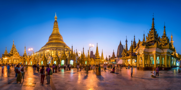Picture no: 11882108 Shwedagon Pagode Panorama Created by: eyetronic