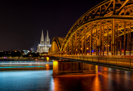 Picture no: 11882758 Köln Dom bei Nacht Created by: Jens Hollerith