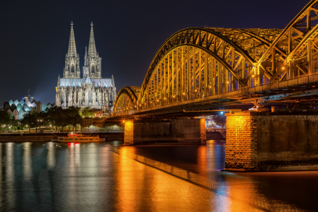 Picture no: 11883362 Kölner Dom in der Nacht Created by: Jens Hollerith