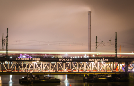 Picture no: 11884005 Bahnbrücke - Hamburg Created by: Jacques