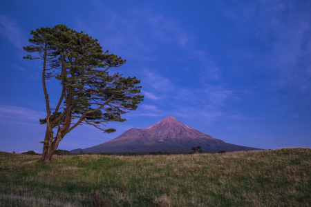 Picture no: 11898009 Mount Taranaki Created by: TomKli