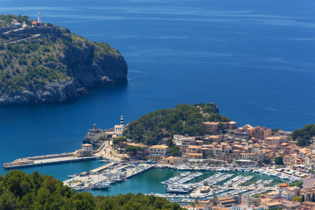 Picture no: 11918569 Port de Soller Created by: Thomas Herzog