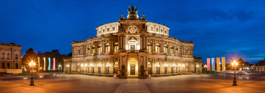 Picture no: 11930295 Semperoper in Dresden Created by: eyetronic