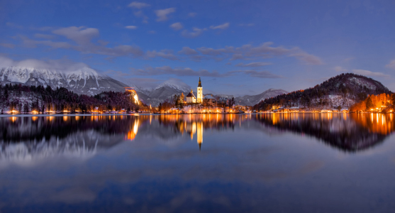 Picture no: 11983807 Lake Bled in der blauen Stunde Created by: Rigatoni