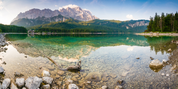 Picture no: 11987601 Eibsee Panorama Created by: Martin Wasilewski