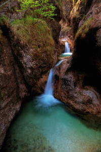 Picture no: 11990079 Emerald Pool Created by: Thomas Herzog