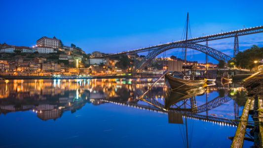 Picture no: 11997538 Porto bei Nacht Created by: Mapics