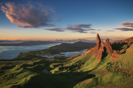 Picture no: 12000557 Schottland Old Man of Storr Sonnenaufgang Created by: Jean Claude Castor