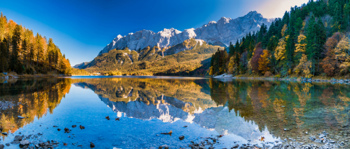 Picture no: 12017489 Panorama Zugspitze und  Eibsee Created by: aCtiOn