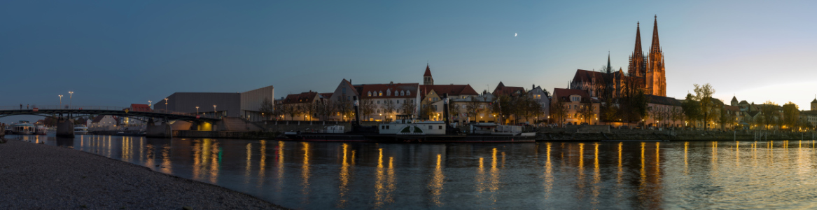 Picture no: 12026129  Regensburg  Created by: Gregor Handy