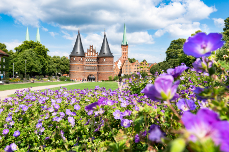 Picture no: 12046787 Holstentor in Lübeck Schleswig-Holstein Created by: eyetronic