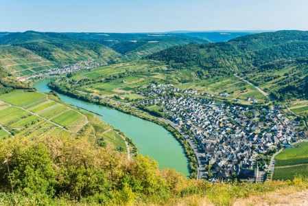 Picture no: 12051532 Mosel bei Bremm 68 Created by: Erhard Hess