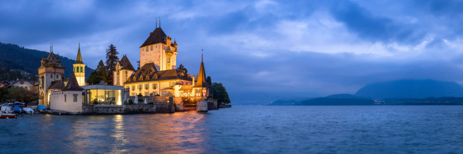 Picture no: 12056842 Schloss Chillon am Abend Created by: eyetronic
