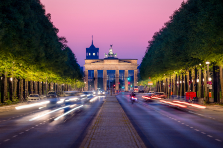 Picture no: 12061618 Brandenburger Tor und Straße des 17 Juni Created by: eyetronic