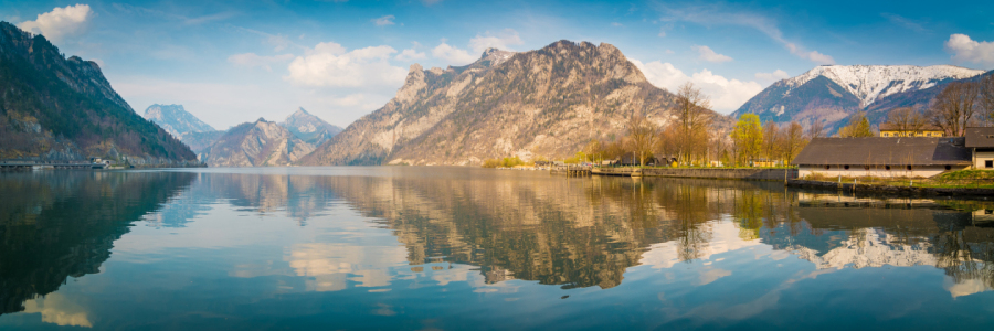 Picture no: 12069286 Traunsee Panorama Created by: Martin Wasilewski