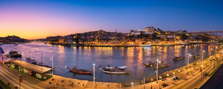 Picture no: 12183157 Panorama von Porto Created by: Mapics