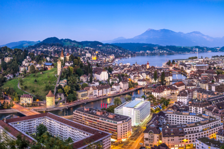 Picture no: 12235934 Luzern Stadtansicht am Abend Created by: eyetronic