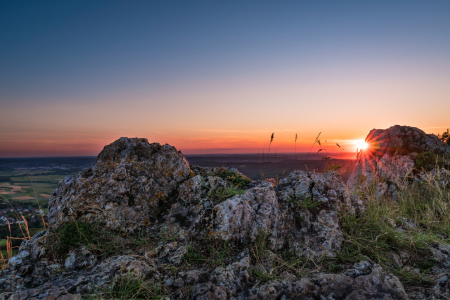 Picture no: 12264695 Sonnenuntergang auf Berg Walberla Created by: raphotography88