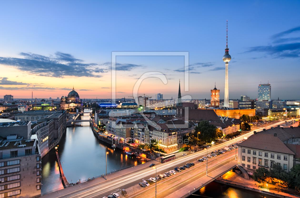 berlin skyline als leinwand von mapics erh ltlich bei fi. Black Bedroom Furniture Sets. Home Design Ideas