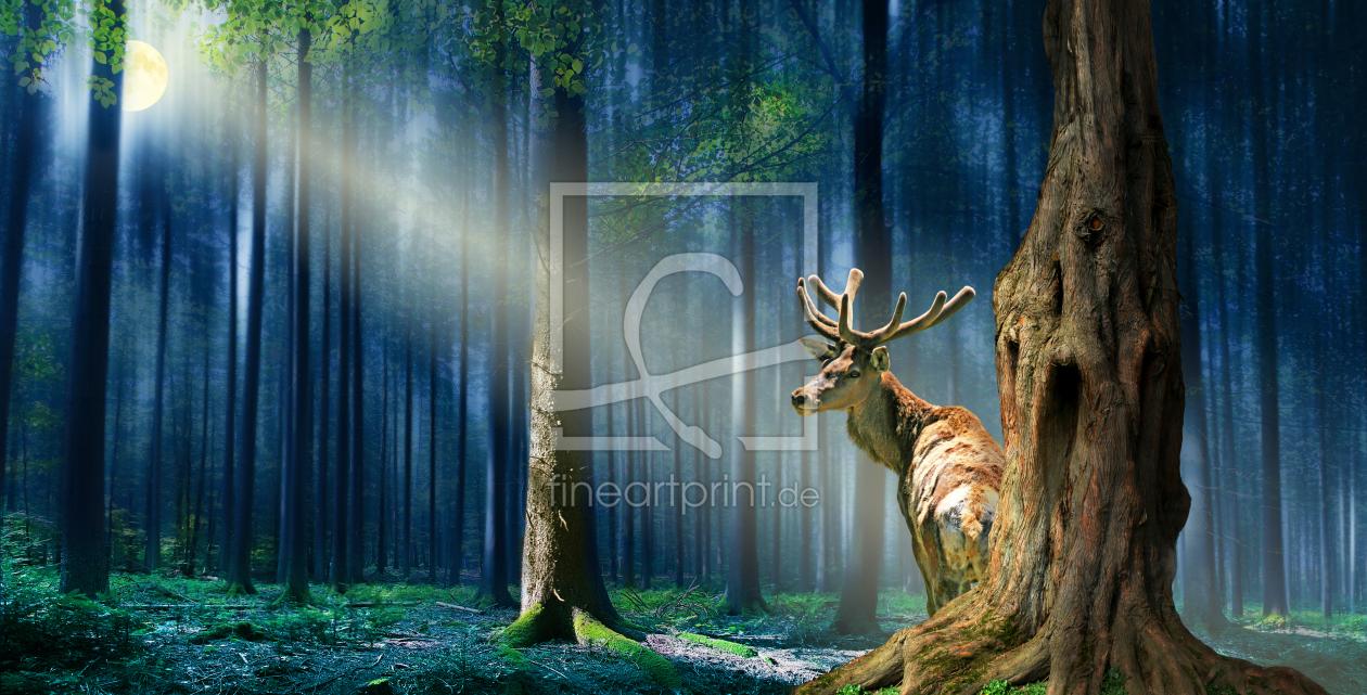 Im mystischen Wald als Teppich von Mausopardia erhältlich