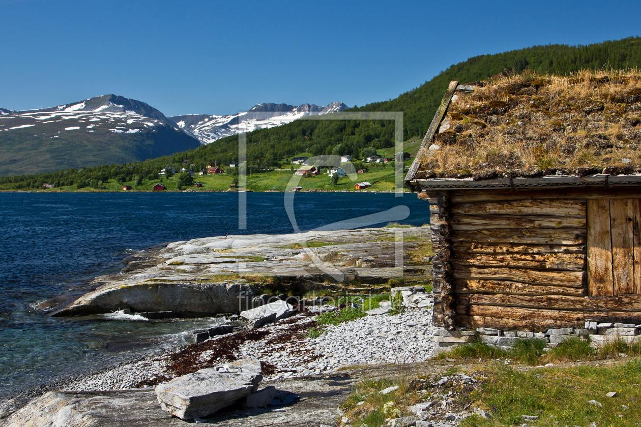 h tte auf kval ya in norwegen als acryluhr von anja er. Black Bedroom Furniture Sets. Home Design Ideas