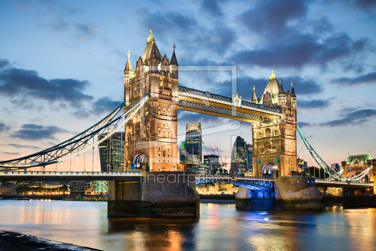 tower bridge in london als leinwand von mapics erh ltl. Black Bedroom Furniture Sets. Home Design Ideas