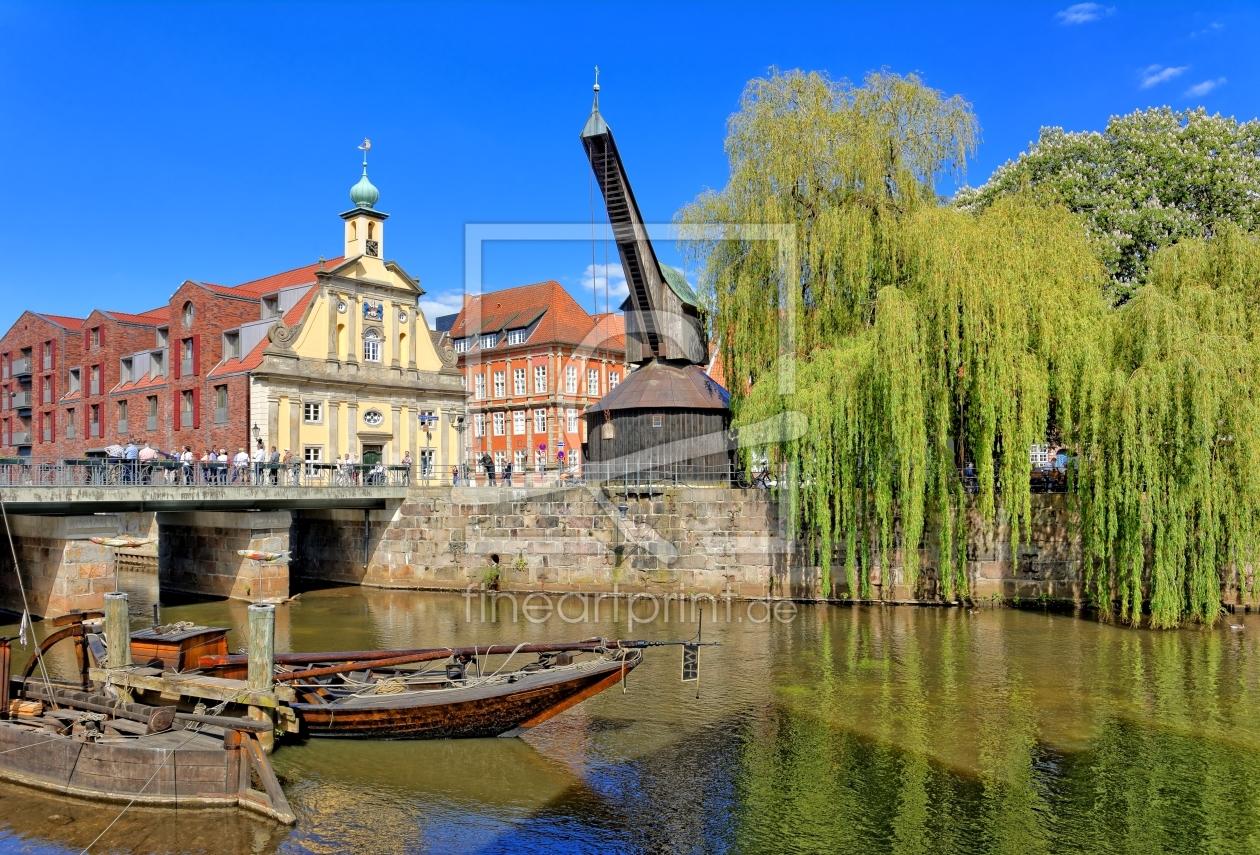 IlmenauHafen mit dem Alten Kran in Lüneburg als Leinwand
