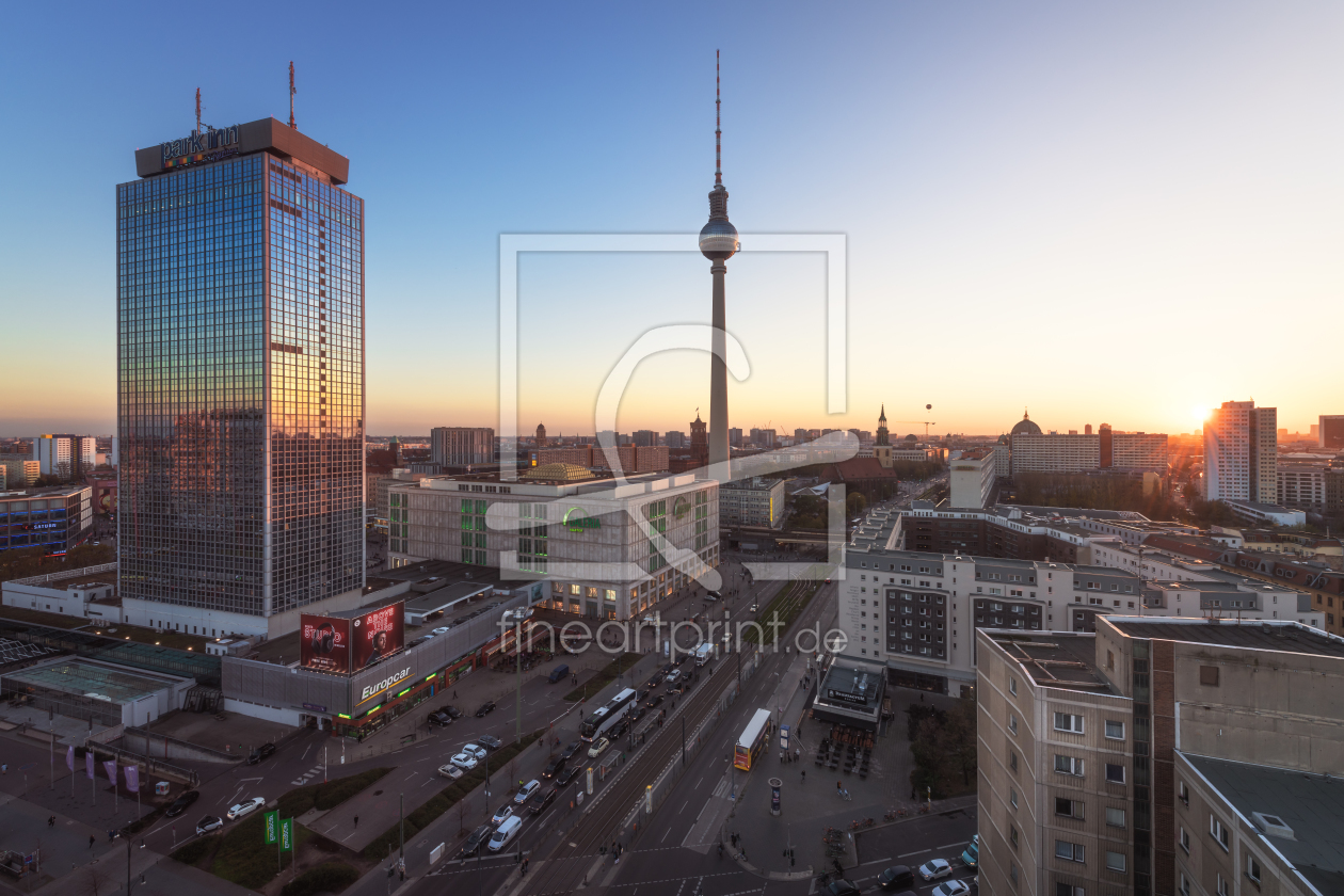 berlin skyline am alexanderplatz als leinwand von jea. Black Bedroom Furniture Sets. Home Design Ideas
