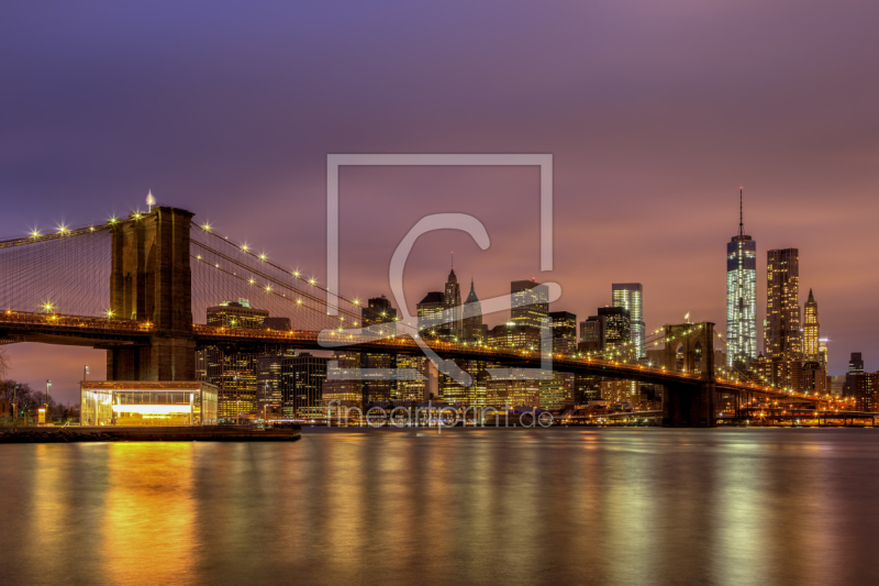 brooklyn bridge at night als leinwand von tomkli erh ltl. Black Bedroom Furniture Sets. Home Design Ideas