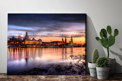 Canvas with picture of your choice at low prices